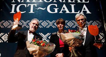 ICT Personality Award 2012 voor professoren Apers en Smeulders