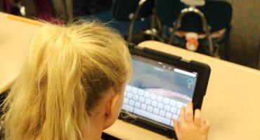 Ondernemers verkleinen achterstand van digitaal onderwijs